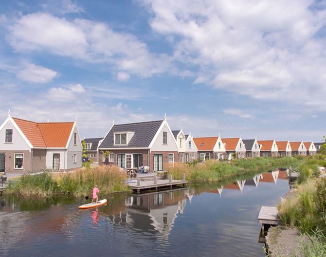 header-villas-water-sunny-europarcs-poort-van-amsterdam