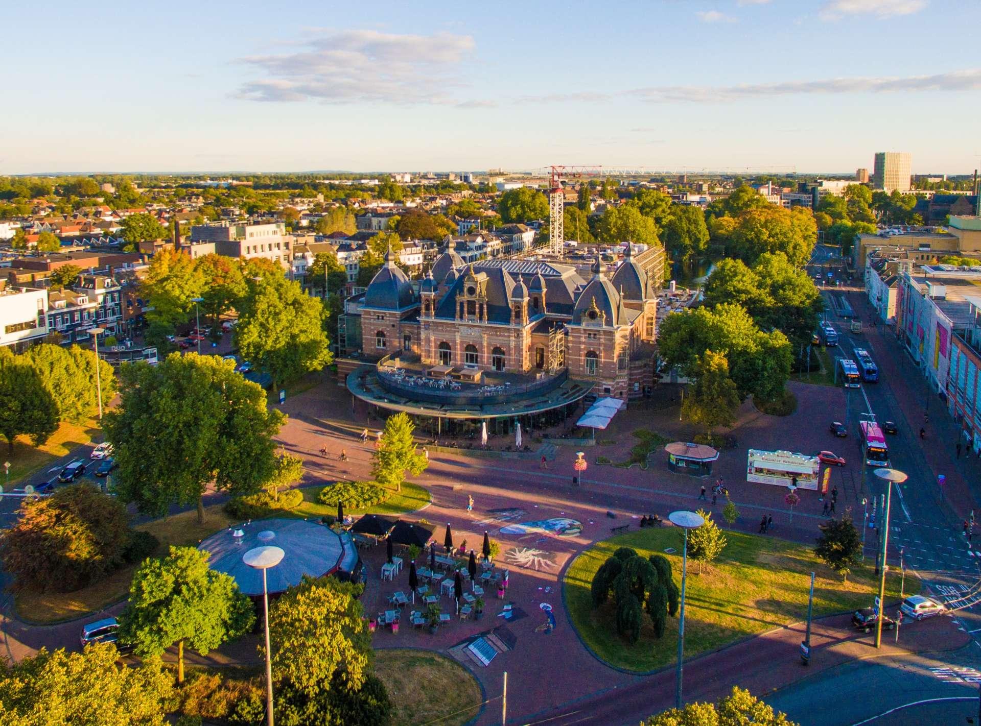 surroundings-city-arnhem-europarcs-hooge-veluwe