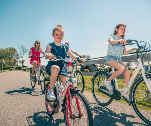facilities-family-bikes-europarcs-bad-meersee