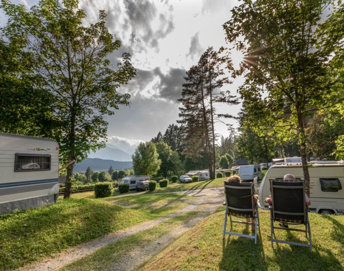 park-camping-outside-europarcs-pressegger-see