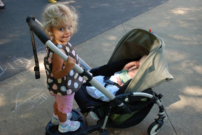 Barn-med-babyvogn
