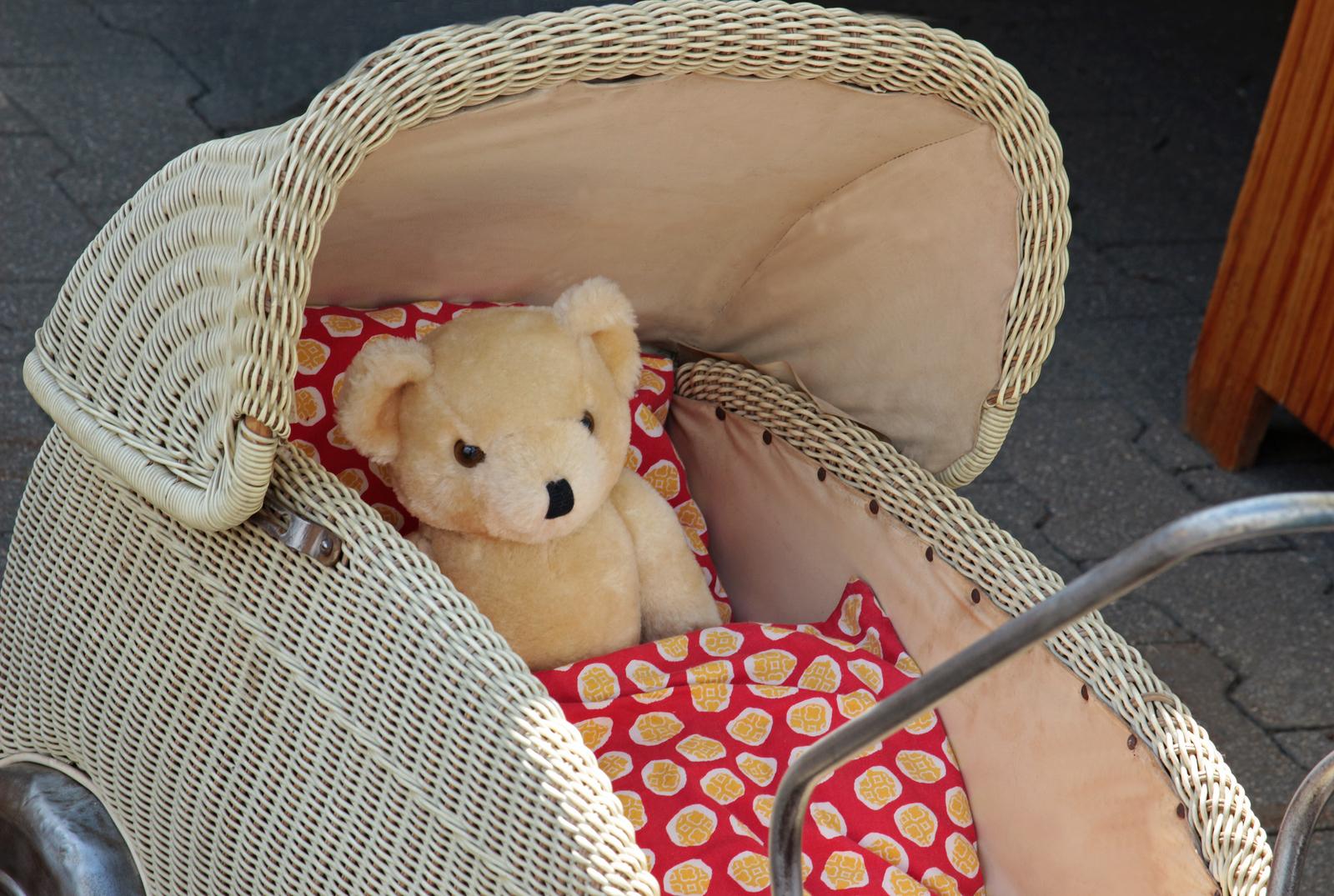 Barnevogn-med-bamse