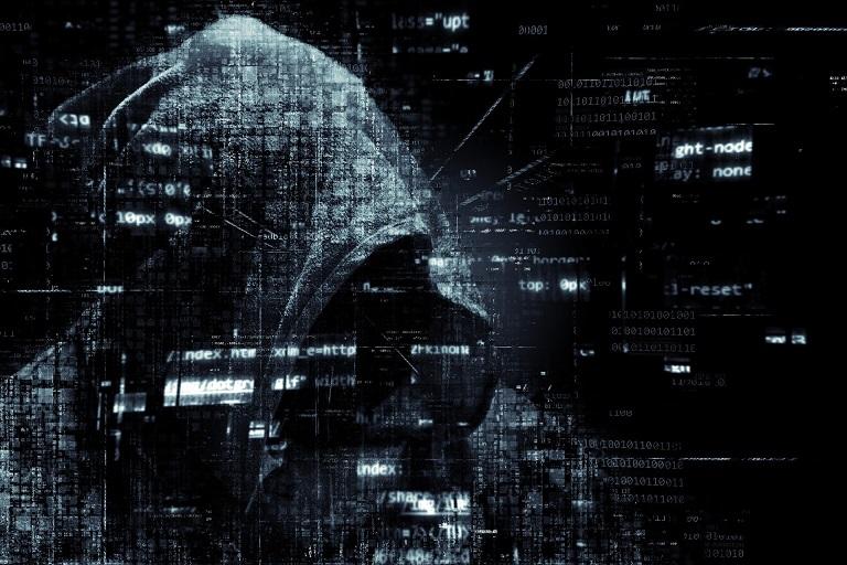 Haker w cyberprzestrzeni
