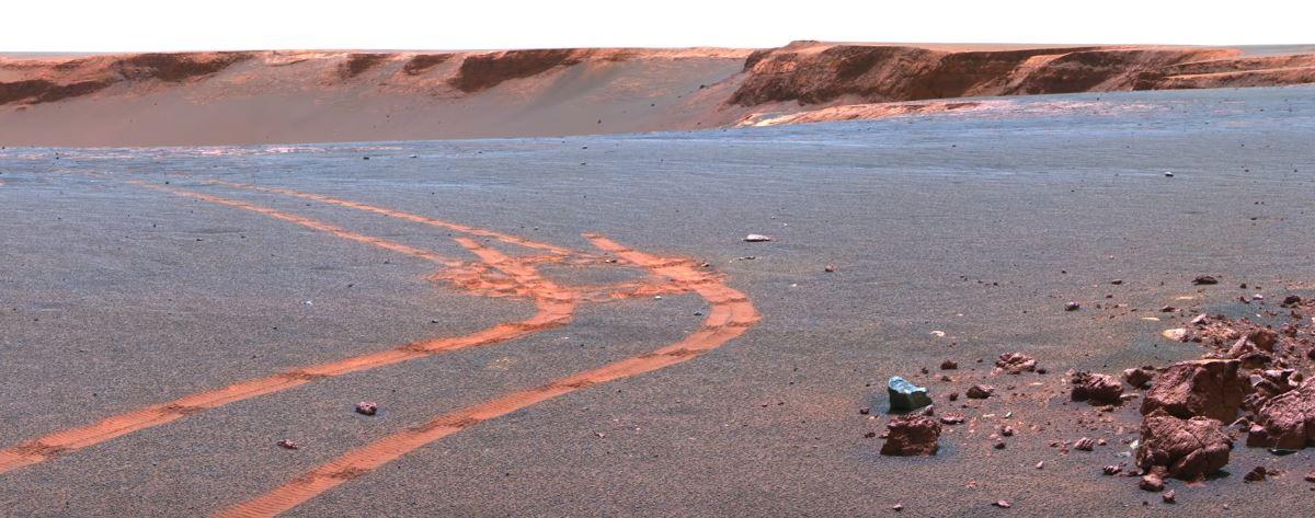 Zdjęcie w wysokiej rozdzielczości z Marsa. Fotografia wykonana przez łazik Curosity.
