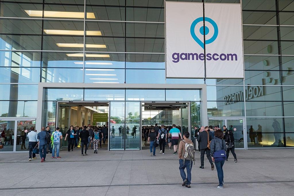 Wejście na hale podczas gamescom.