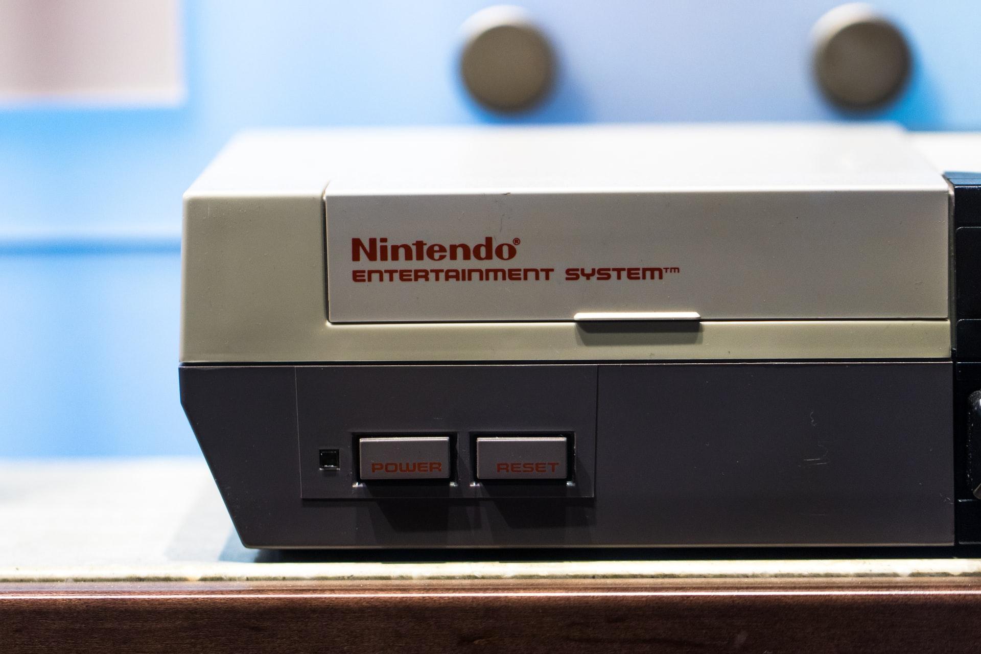 NES konsola