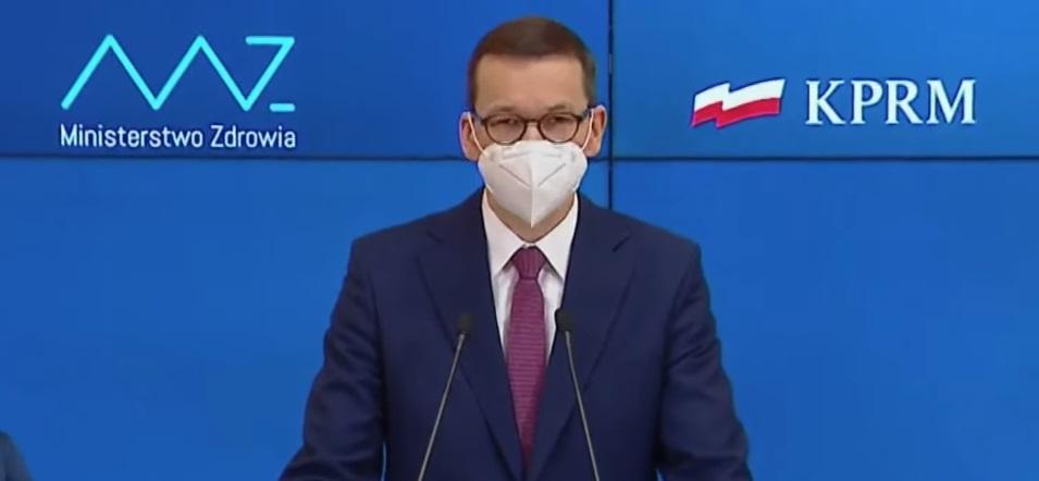 Premier Mateusz Morawiecki podczas konferencji prasowej 25 marca 2021