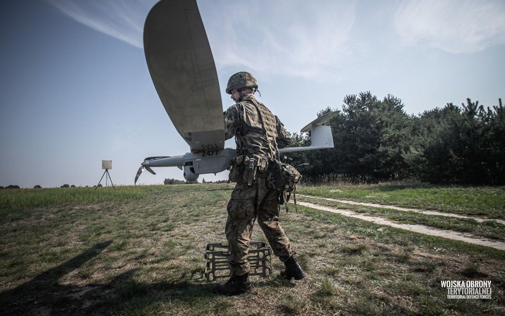 System FlyEye używany podczas ćwiczeń Wojsk Obrony Terytorialnej.