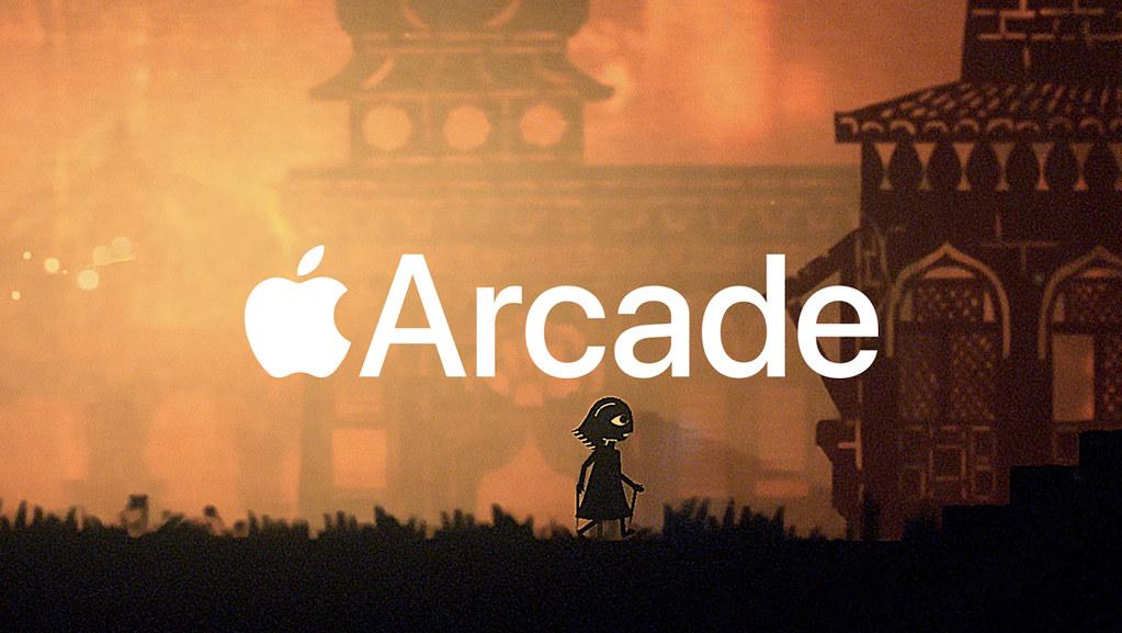 Grafika z logiem firmy Apple oraz napisem Arcade. W tle postać z gry.