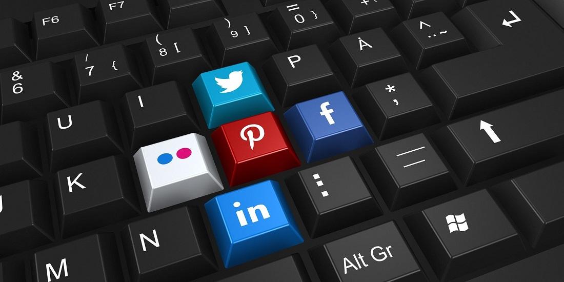 Klawiatura z serwisami społecznościowymi