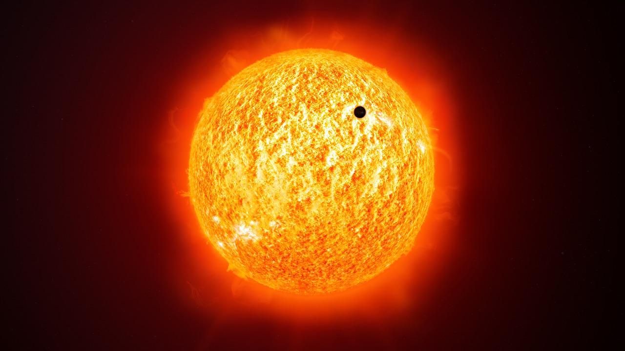 Merkury na tle Słońca.
