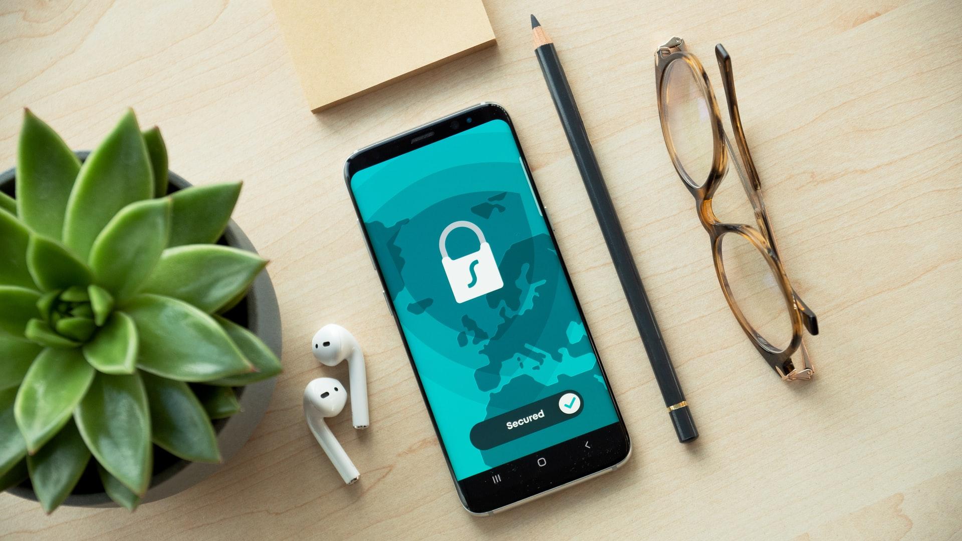 Cyberbezpieczeństwo smartfon