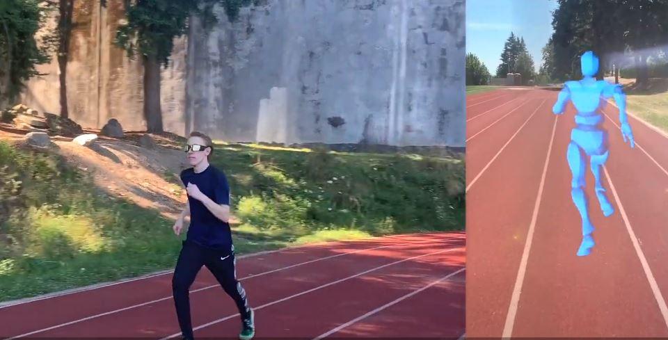 Ghost Pacer w użyciu. Biegacz w okularach z rozszerzoną rzeczywistością i wirtualny pacemaker.