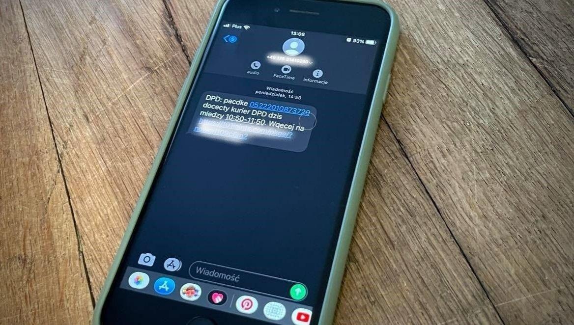 SMS od oszustów
