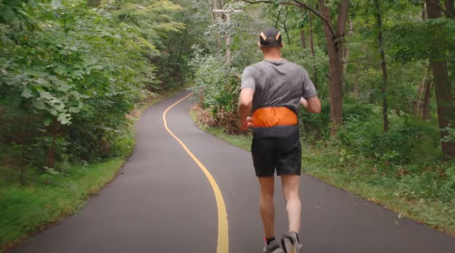 Fragment filmu, pt. Project Guideline: Can Technology Help A Blind Runner Navigate?