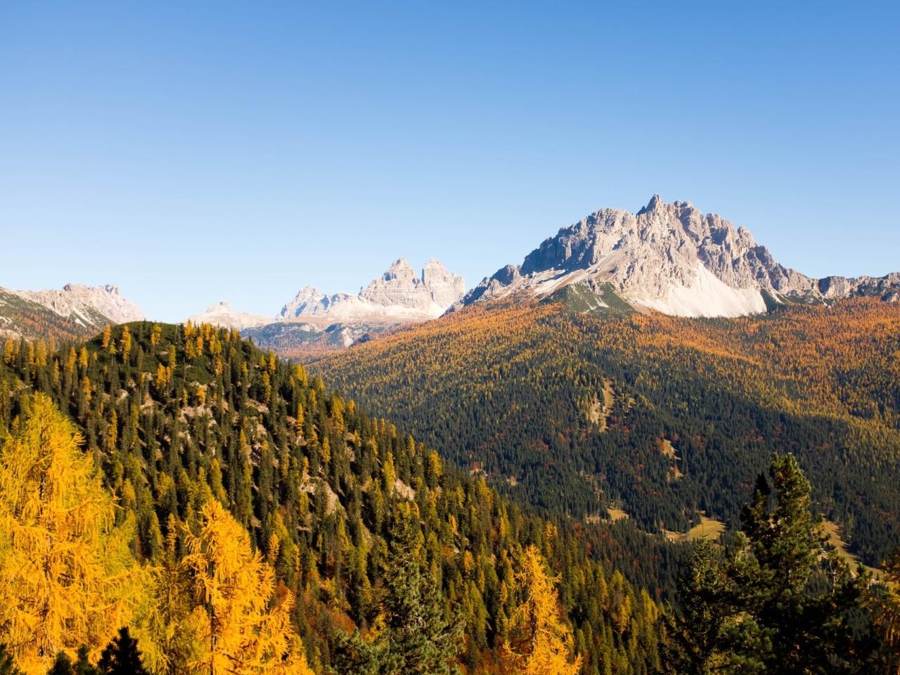 Reiseziele im goldenen Herbst   Unplanned
