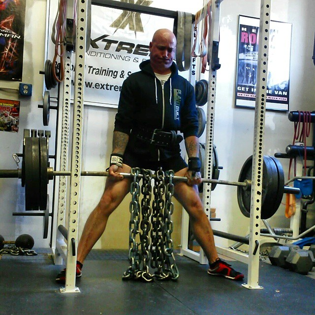 Scott Shetler deadlifting with chains