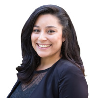 Gabriela Buenabenta – Associate Manager, HR Accounts – Profile Picture