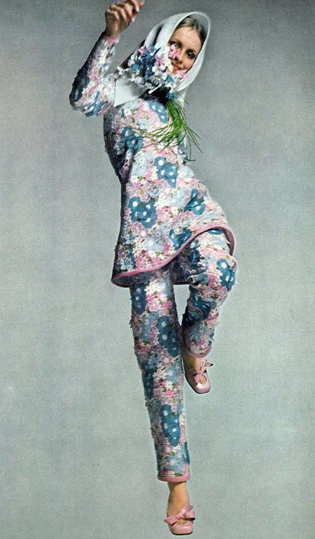 Twiggy wearing ysl tunic pyjamas with pink and blue flowers embroidered on lace  edged in pink linen. by avedon. vogue 1968