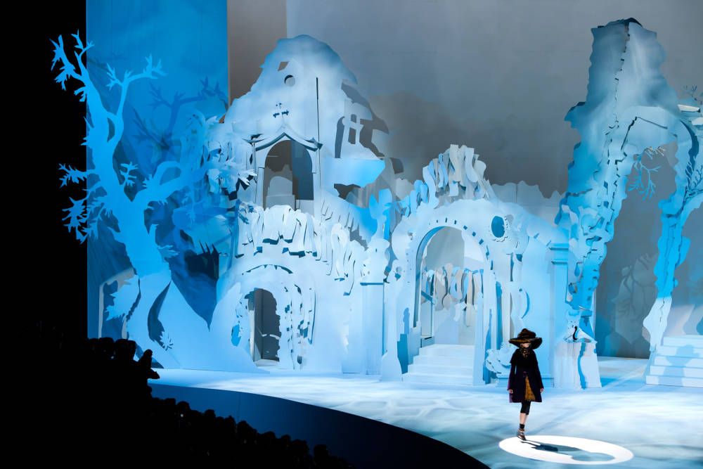 Rachel feinstein set for marc jacobs