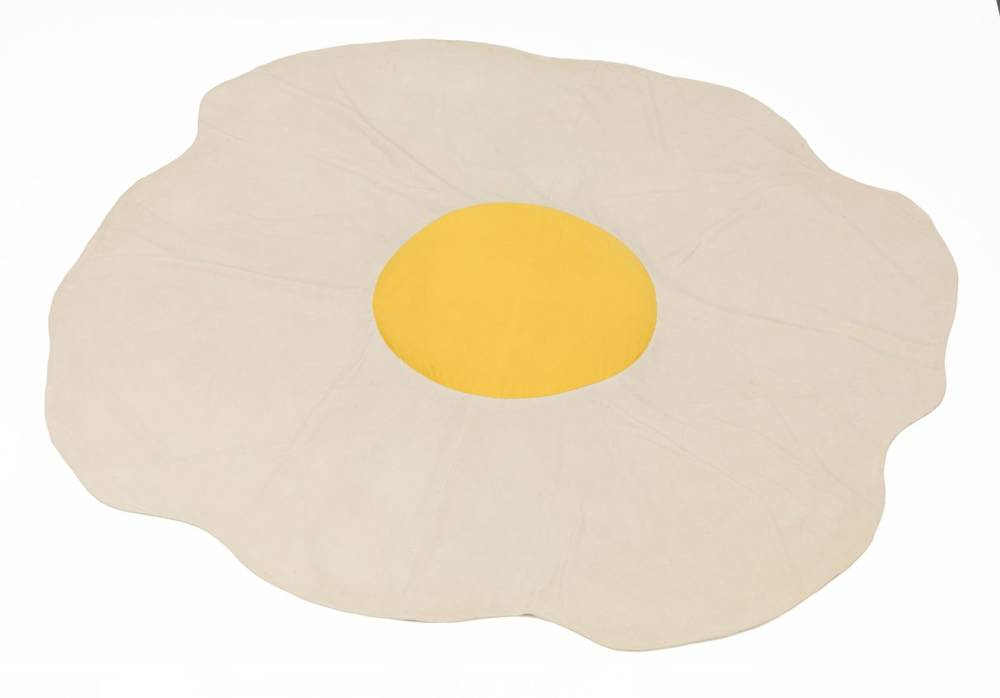 Claes Oldenburg , Sculpture in the Form of a Fried Egg, 1966/71