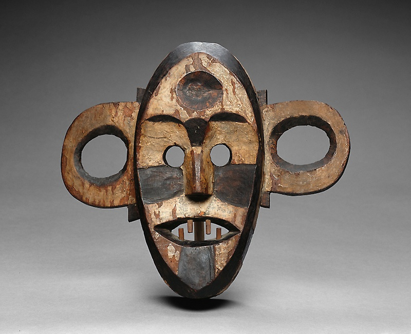 Boa  democratic republic of the congo  mask  late 19th early 20th century
