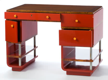 Desk of bakelite  designed by paul frankl in the 1930s.