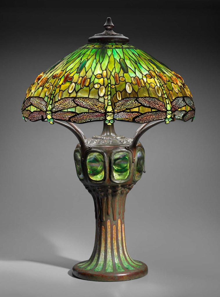 Louis comfort tiffany  hanging head dragonfly table lamp  1905 1910
