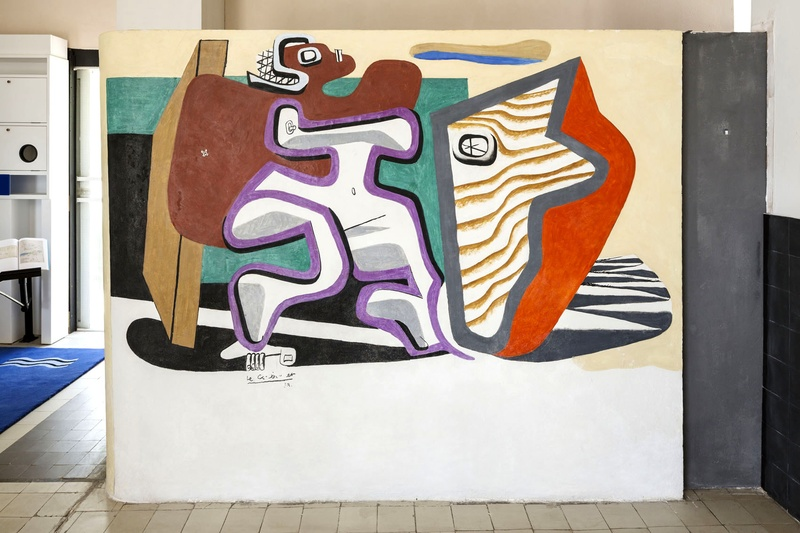 Murial in drawing room   april  1938  le corbusier