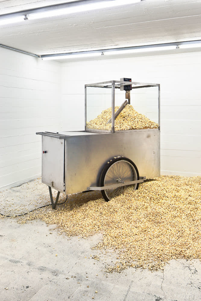Michael sailstorfer  popcorn machine 1 43 47  frankfurt  2008
