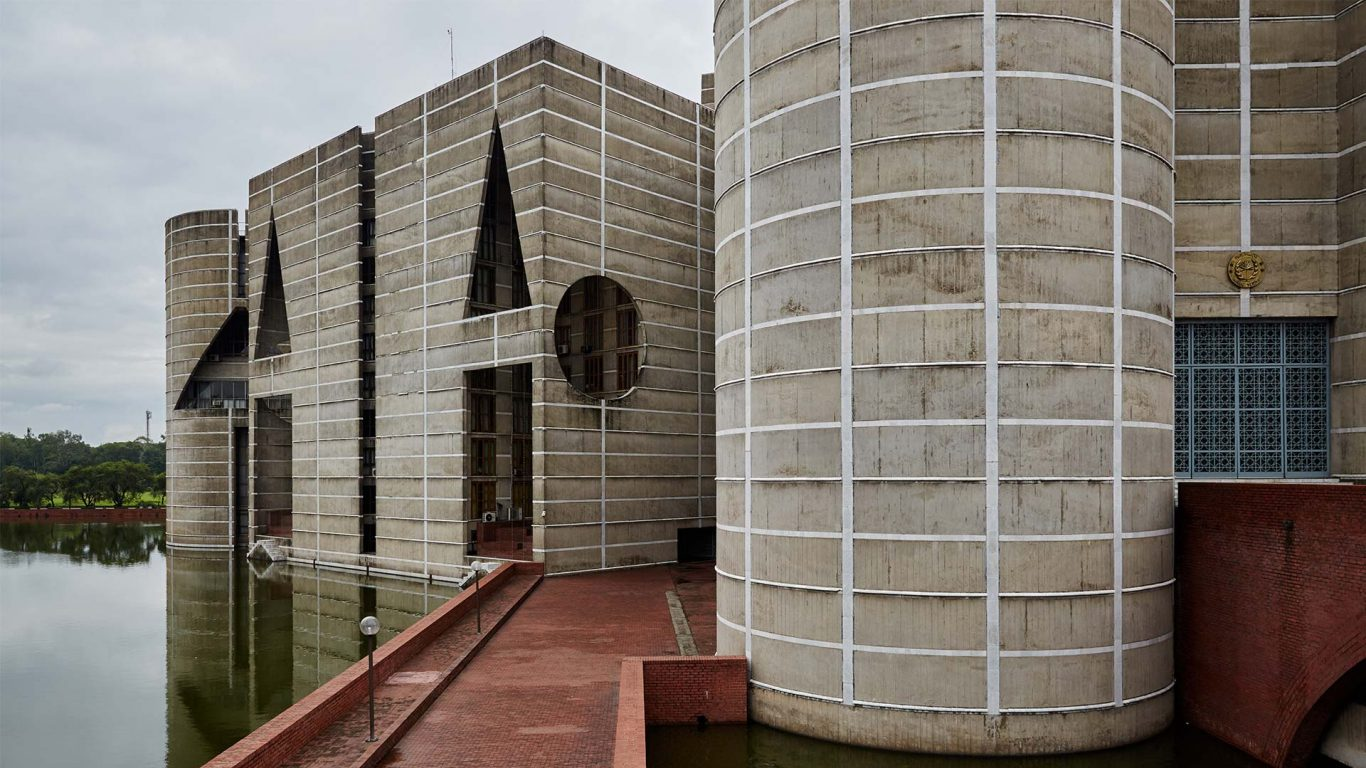 Louis kahn  national parliament house located at sher e bangla nagar in dhaka  bangladesh  completed in 1962 83