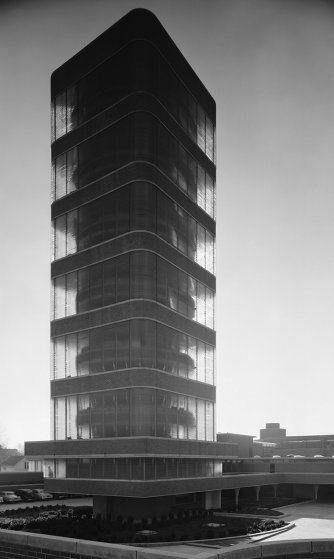 Johnson wax tower in racine wis.  by architect frank lloyd wright  1950  photographed by ezra stoller