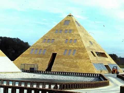 The gold pyramid house  1977  wadsworth  il