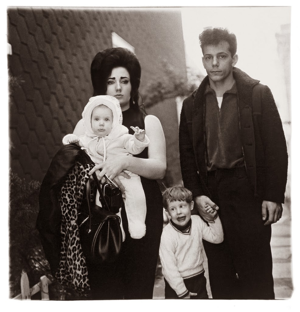 Diane arbus   a young brooklyn family going for a sunday outing  n.y.c.  1966