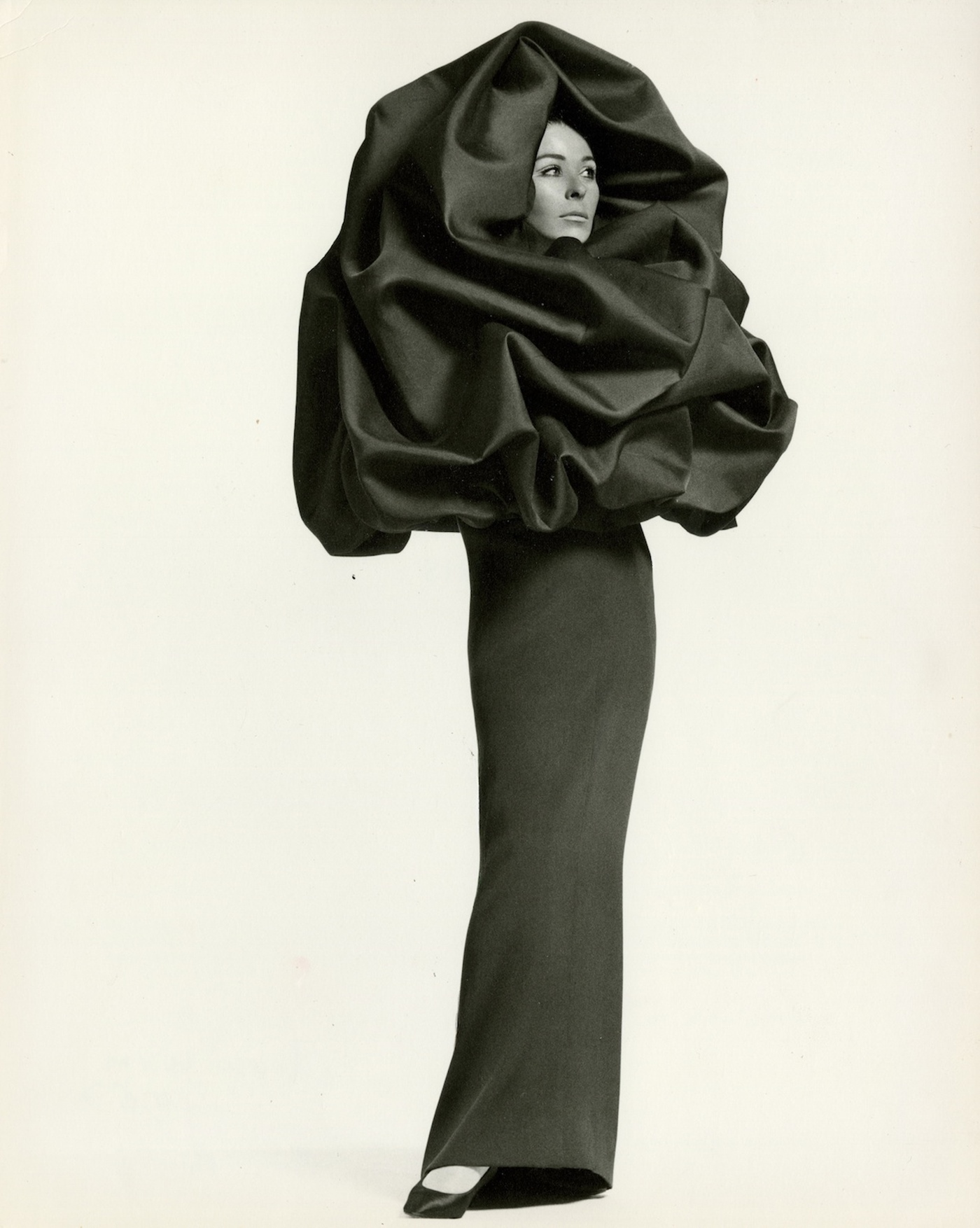 Irving penn  sue murray wearing a balenciaga evening dress and wrap  vogue  september  1967