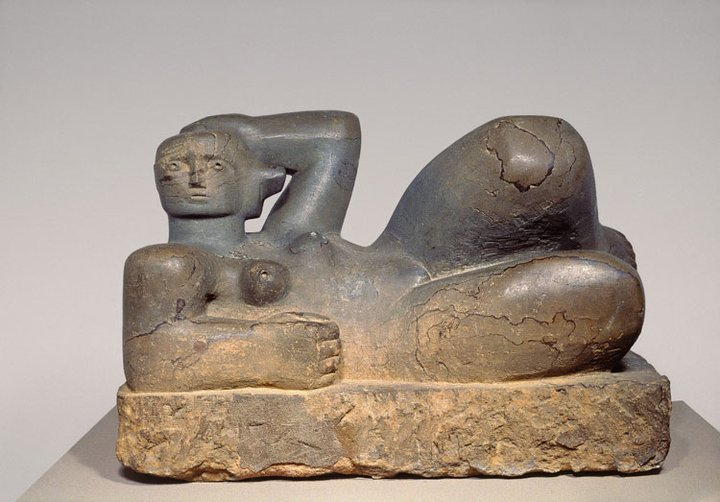 Henry moore   reclining figure   hornton stone  1929