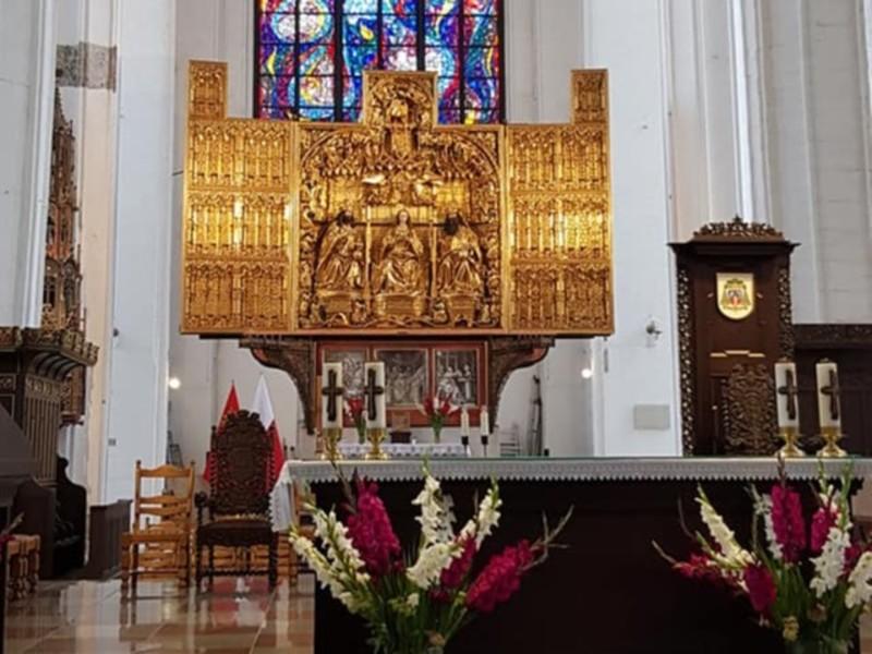 Alteret i Mariakirken