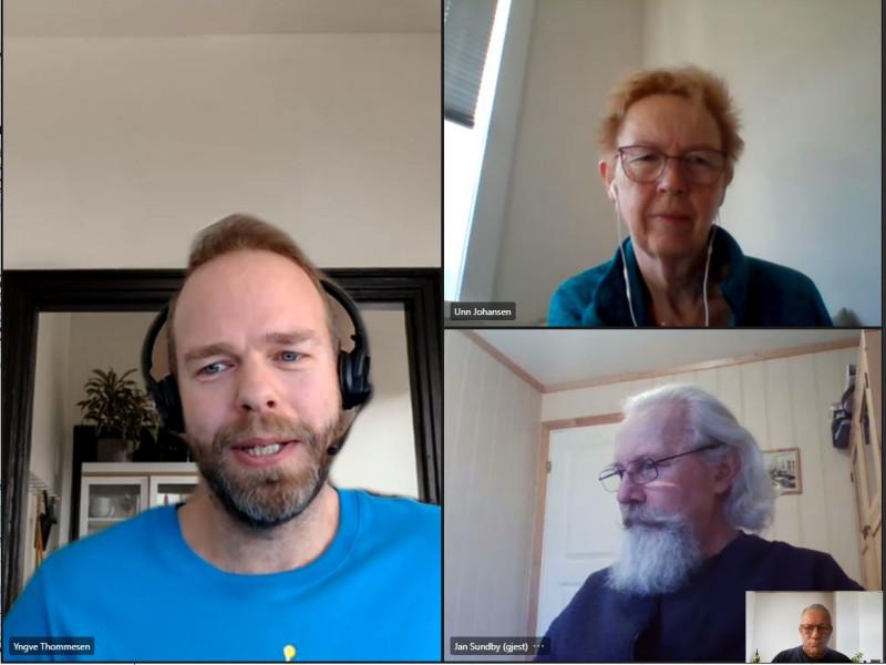 Kursleder Yngve Tommesen, prosjektleder Unn Johansen, leder Kvalsund pensjonistforening Jan Sundby og fylkessekretær Arne Josvald Sabbasen