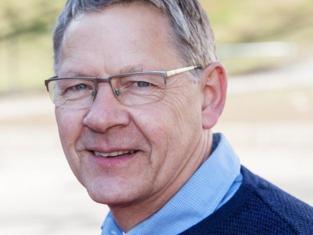 Det er en demokratisk utfordring at om lag en tredjedel av den voksne befolkningen ikke kan forhandle om sin egen inntekt, mener generalsekretær i Pensjonistforbundet, Harald Olimb Norman.