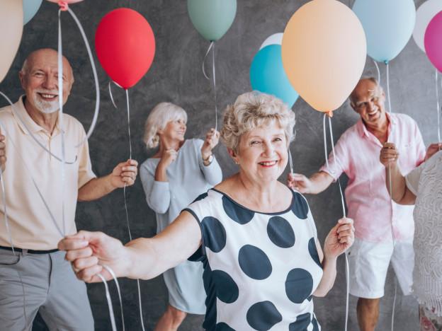 Pensjonistforbundets fylkeslag har fått nesten 27 millioner kroner til sammen, for å bekjempe ensomhet under pandemien.  (Illustrasjonsfoto: iStock)