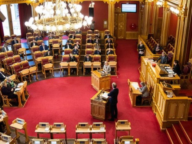 Et flertall stemte mot forslaget om pensjonsopptjening fra første krone, da det ble behandlet i Stortinget 7. februar. (Foto: Stortinget)