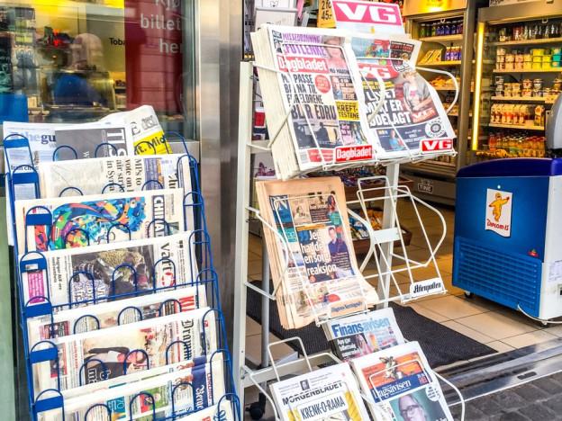 Redaktør  i fagbladet Journalisten synes at norske medier burde være flinkere til å vise frem hele mangfoldet i samfunnet – som også inkluderer de eldre. (Illustrasjonsfoto: iStock)