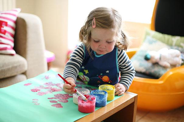 學行寶寶的活動:趣味手指畫