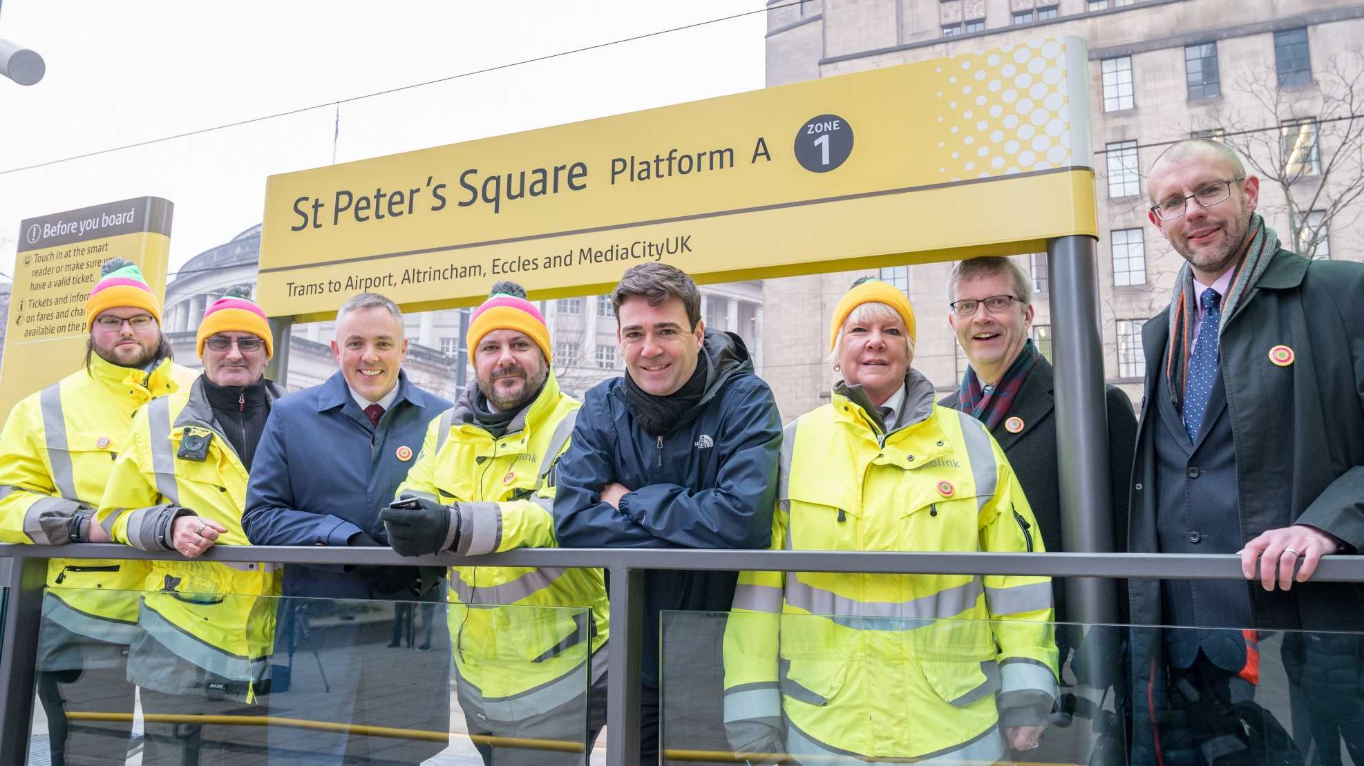 Many hands to make light work of major change to Metrolink network