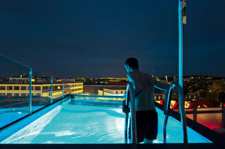 Rooftop pool at Avalon in Gothenburg