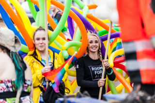 pride-parade-helsinki-flag-girls.jpg