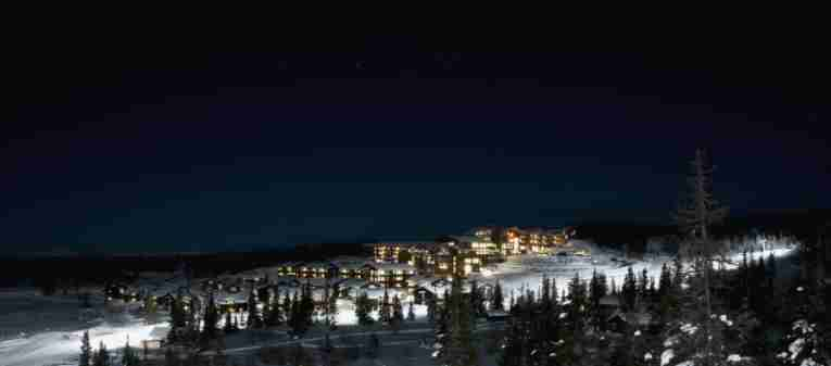norefjell-ski-spa-winter-night.jpg