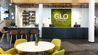 reception-glo-hotel-sello