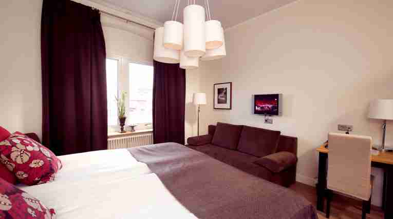 EDTCC-Norrepark-superior-double-room--2913