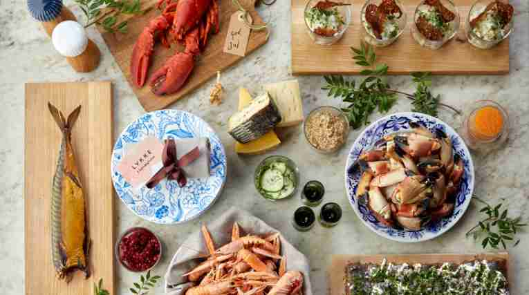 julbord-lykke-nordic-light-hotel-contentful